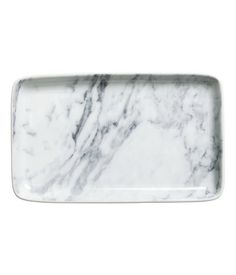 Marble-inspired ceramic plate. Perfect tray option for bathroom or bedroom trinkets