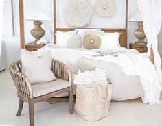 Uniqwa Furniture   trade supplier of designer furniture