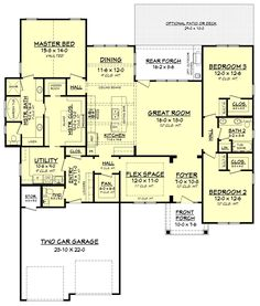 This craftsman style house plan has an amazing floor plan. The private master su. - This craftsman style house plan has an amazing floor plan. The private master suite offers a large - Craftsman Farmhouse, Craftsman Style House Plans, Cottage House Plans, Dream House Plans, Cottage Homes, House Floor Plans, 2200 Sq Ft House Plans, Craftsman Homes, Large Floor Plans
