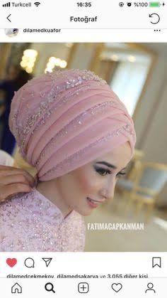 # # Gelinsac the bride's wedding dress # # # # weddingdress weddingday makeup # # … Bridal Hijab Styles, Bridal Mehndi Dresses, Muslim Wedding Dresses, Muslim Brides, Bridal Wedding Dresses, Muslim Girls, Hijab Gown, Turban Hijab, Hijab Makeup