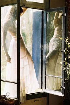 whimsical | window seat | windows | reflection | pretty | lace | springtime |