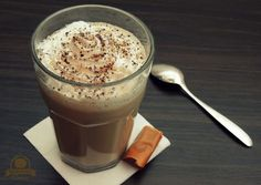 Kraina Tysiąca Smaków: Krówkowe latte Latte, Hot Chocolate, Pudding, Coffee, Tableware, Coffee Milk, Kaffee, Dinnerware, Dishes