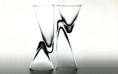 Résultats Google Recherche d'images correspondant à http://www.mobilier-design.info/wp-content/verre-design-double.jpg