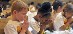 3 Creative Ways to Encourage Kids to Pray More
