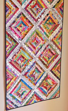 String Quilt by inquilternity. I like this one a lot because the lighter borders allow the eyes to rest. Most of the time these types of string quilts are all in your face color. by jillString Quilt Pattern - This String Quilt Pattern gallery was upload o Scrappy Quilt Patterns, Jellyroll Quilts, Scrappy Quilts, Easy Quilts, Mini Quilts, Quilt Blocks, Block Patterns, Star Quilts, Canvas Patterns