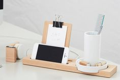 Get Stuff Done! 35 UNREAL Desk Accessories & Planners #refinery29  http://www.refinery29.com/2015-day-planners#slide4