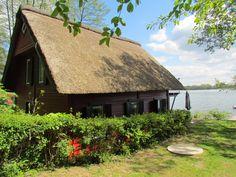 Rotes Reetdachhaus Schweriner See in Bad Kleinen (Objekt-Nr.: 21026)