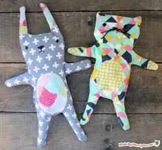 Free pattern for rice-filled, microwaveable heat pack! Cozy Kitty Heat Pack Pattern: Made By Marzipan