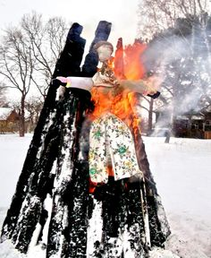 Burning of Marzanna, Goddess of Winter in all her Goddess Names and Ceremonial Rite names. Goddess Names, Star Goddess, Baba Yaga, Spirit Guides, Destruction, Deities, Goddesses, Pagan, Festivals