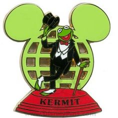 Disney Limited Edition 3500 pin of the month characters globe mickey mouse icon disney world resort kermit green Disney World Theme Parks, Disney World Resorts, Walt Disney World, Mickey Mouse Pins, Mickey Head, Disney Trading Pins, Disney Pins, Globe Icon