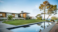 http://www.contemporist.com/tiburon-bay-view-house-by-walker-warner-architects/