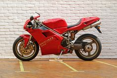'Looking for the Ducati 916 of your dreams? There are currently 4 Ducati 916 bikes as well as hundreds of other classic motorcycles, cafe racers and racing bikes for sale on Classic Driver. Ducati 916, Bikes For Sale, Motorcycle, Classic, Motorbikes, Classic Books, Motorcycles, Engine, Choppers
