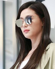 Asian Actors, Korean Actresses, Actors & Actresses, Jun Ji Hyun Fashion, Hyun Kim, Song Hye Kyo, Chinese Actress, Womens Glasses, Korean Celebrities