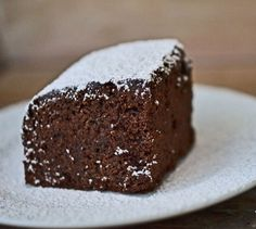 Turta dulce cu ciocolata. Se prepara foarte usor si este foarte aromata. Ingrediente Turta dulce cu ciocolata: 2 cani faina 1/2 plic praf de copt 1 lingurita scortisoara macinata 1 lingurita cuisoare pisate 1 lingurita pudra de ghimbir 1 cana zahar 100 grame Cooking, Desserts, Lawn, Sweet Treats, Kitchen, Tailgate Desserts, Deserts, Kochen, Dessert