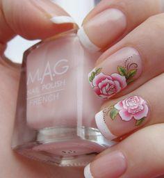 Fashion manicure with flowers - photo ideas Holiday Nail Designs, Nail Designs Spring, Simple Nail Designs, Beautiful Nail Designs, Nail Art Designs, Chic Nails, Fun Nails, Pretty Nails, Bridal Nails