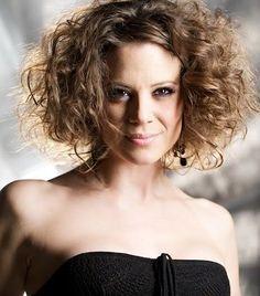 Magyar musicalszínészek | femina.hu- Szinetár Dóra