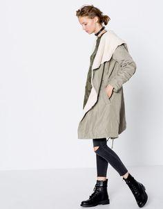 Pull Bear - femme - vêtements - manteaux et parkas - parka style négligé  intérieur fourrure - e9d5ca06f1d