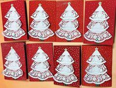 MENTŐÖTLET - kreáció, újrahasznosítás: Karácsonyi képeslapok Christmas Angel Crafts, Salt Dough Christmas Ornaments, Easy Diy Christmas Gifts, Christmas Hanukkah, Diy Christmas Tree, Paper Doily Crafts, Doilies Crafts, Diy Gifts Cute, Creation Deco