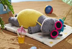 Alan Dart's adorable Heatwave Hippo, available in the June 2013 issue of Simply Knitting Crochet Diy, Crochet Hippo, Crochet Amigurumi, Amigurumi Patterns, Crochet Crafts, Crochet Dolls, Knitting Patterns, Crochet Patterns, Knitting Projects