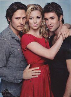 Sexy cast and Hampton's backdrop? ABC's Revenge - follow us on www.birdaria.com like it love it share it click it pin it!!!!