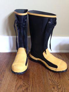 Steel toe rubber boots, men size 6 - free