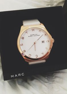 I really want one of these nice watches, the pretty and expensive gold ones from those top name-brands but they're not cheap soo :/