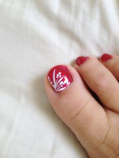 Toe nail design art red freehand