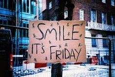 Sorria, hoje é Sexta Feira...!!!  Visita o meu Blog -->> http://blog.carvalhohelder.com/