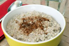 Buckwheat porridge This is a variation of regular porridge that you can use on your Candida diet. It is a simple recipe that substitutes buckwheat and oat bran for the rice. Anti Candida Recipes, Anti Candida Diet, Candida Cleanse, Vegan Keto, Paleo Diet, Keto Meal, Vegetarian Keto, Ketogenic Diet, Candida Diet Breakfast