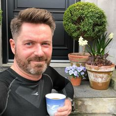 - single man seeking match in San Francisco, California, United States. I love life, family, friends and my colleague at work and their families. Cities In Uk, Scammer Pictures, Sugar Daddy Dating, Great Haircuts, Fake Pictures, Elegant Logo, Hot Hunks, Sugar Baby, Love Life