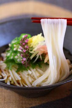 Japanese noodles: photo by Atsuko Aso //Manbo