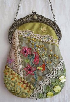 I ❤ crazy quilting, beading & embroidery . . . Stunning Crazy Quilt bag with antique frame, side B~By  Margreet's Draadjespaleis