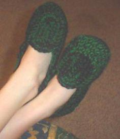 Ravelry: Don's Slippers pattern by Carrie Viskozki