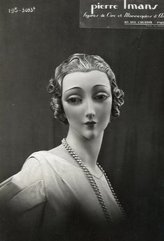Vintage photo from Pierre Imans mannequin catalogue, early 20th century.