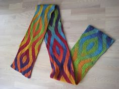 Rainbow Scarf by Eline Sanders -- DOUBLEknitting (Stockinette on both sides) with two different shading colorways. Free pattern on ravelry with notes