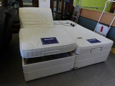 6ft Dunlopillo mobility bed, either side moves independently, all tested and working, mattresses unmarked -----------------£345 (pc759)