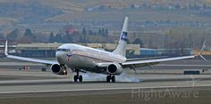 """Boeing 737-900 (N75435) at KRNO  UA with the """"Continental Airlines"""" retro livery"""