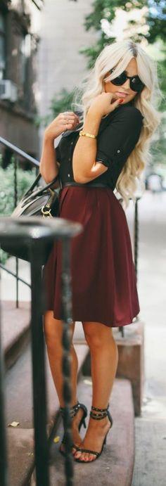 black shirt + bordeaux skirt + black sandals