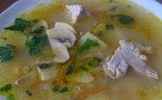 Суп с шампиньонами, перловой крупой и шампиньонами - сытный и ароматный. Ингредиенты: свинина, грибы, картофель, перловка и т.д.
