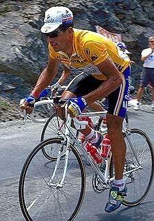 Miguel Indurain Larraya3 4 (Villava, Navarra, 16 de julio de 1964) es un exciclista español, profesional entre 1985 y 1996. Fue ganador del Tour de Francia durante cinco años consecutivos (de 1991 a 1995) y del Giro de Italia en dos ocasiones consecutivas (1992 y 1993); fue además campeón del mundo contrarreloj (1995), campeón olímpico contrarreloj (1996)5 y poseedor del récord de la hora (1994) durante dos meses.
