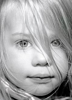 Eyes of a Child, kid, child, girl, beautiful, cute, nuttet, photo b/w.
