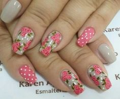 Ramo de rosas Rose Nail Art, Rose Nails, Flower Nail Art, Nail Art Designs Videos, Nail Polish Designs, Cool Nail Designs, French Fade Nails, Faded Nails, Nail Desighns