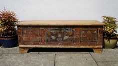 Very large  Victorian  decorated pine blanket box, rustic, 3 sided, dated 1879