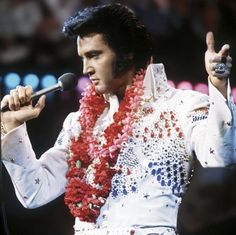 Hoping the Elvis lov