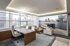 """""""Bahía de Tokyo"""" una fotografía de Javier Aranburu.  #office#oficinadeco#interiorismo#tokyooffice#bahía#muelle#photodeco#decoideas#despacho#diseñodeinteriores#interiorism#fotografíadeautor"""