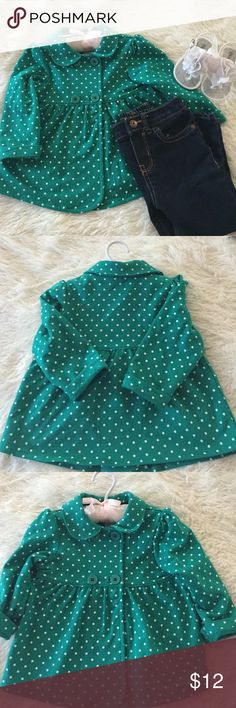 NWOT green polka dot jacket✨ Absolutely adorable baby girls jacket! Green with white polka dots. In perfect condition,my daughter never even got to wear it. Size 18m Carter's Jackets & Coats