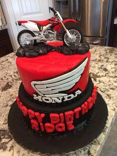 Motorcross Cake, Motorbike Cake, Motorcycle Birthday Cakes, Dirt Bike Cakes, Birthday Cake Roses, Motos Honda, Crazy Cakes, Bread Cake, Pretty Cakes