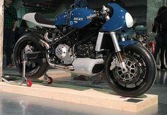 Ducati 749 Cafe Racer by deBolex Engineering #motorcycles #caferacer #motos |