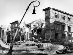 Der Martin Gropius Bau nach dem Krieg