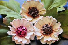 Swirly Sweetheart Daisy DIY ... http://what-a-beautiful-mess.blogspot.com/2010/10/swirly-sweetheart-daisy.html